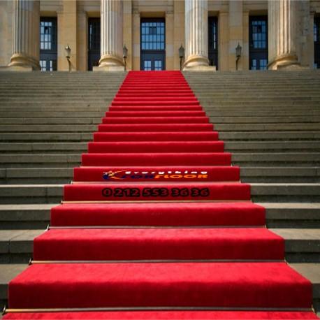 Kırmızı protokol halısı
